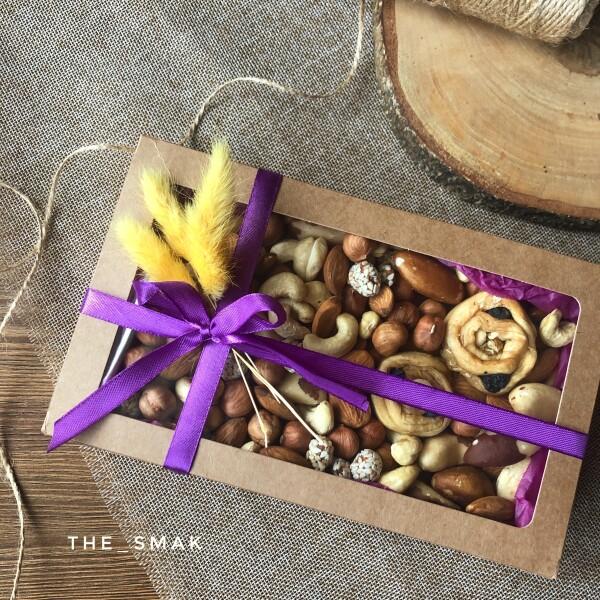 Коробочка с орешками №2